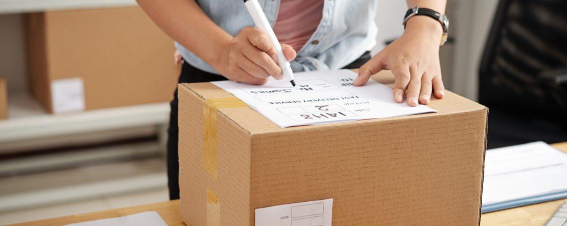 writing-address-on-box